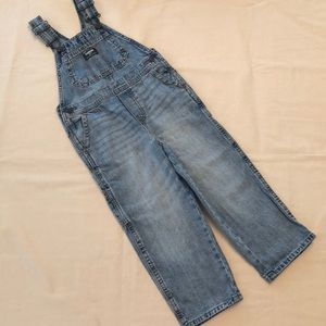 EUC Oshkosh Washed Blue Denim Overalls 4T